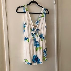 Reverse Floral Romper with tie